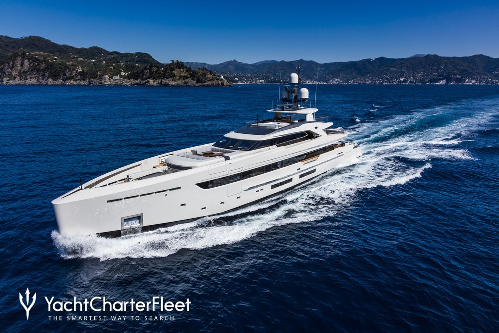 Vertige Charter Yacht