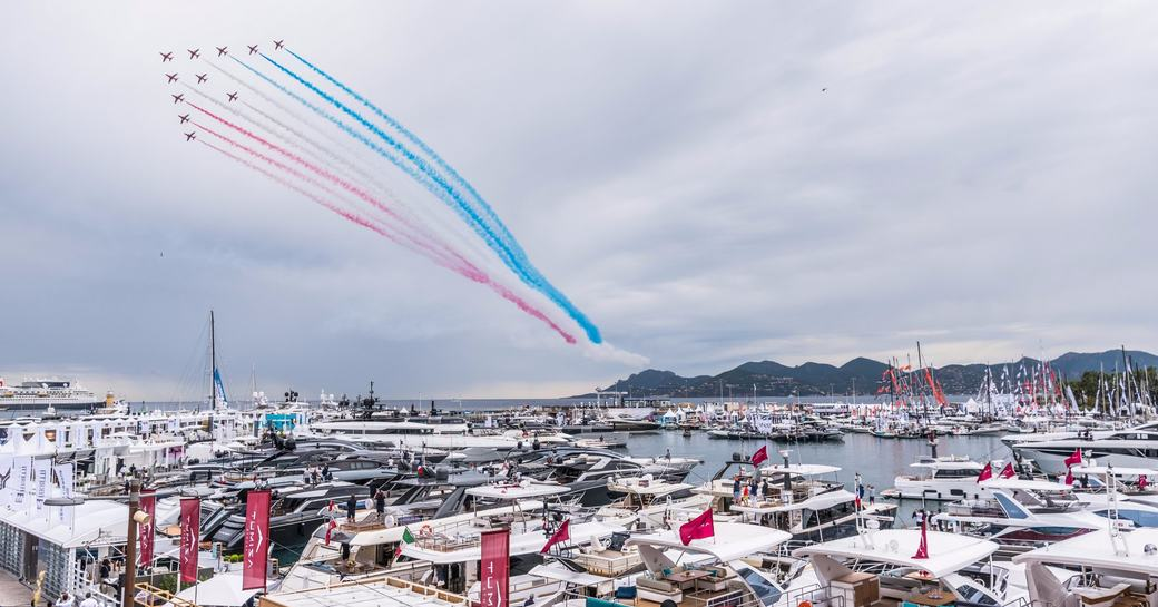 RAF Red Arrows take to the skies at the Cannes Yachting Festival 2017