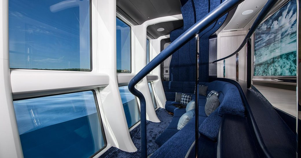 Superyacht ELANDESS neptune lounge