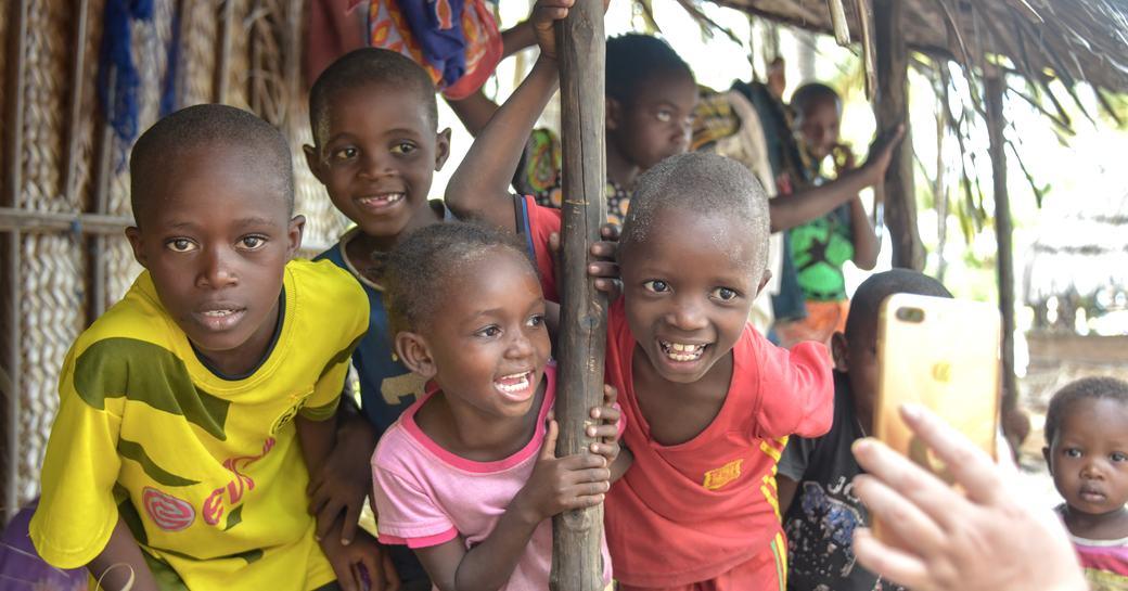 children of bwejuu island in tanzania