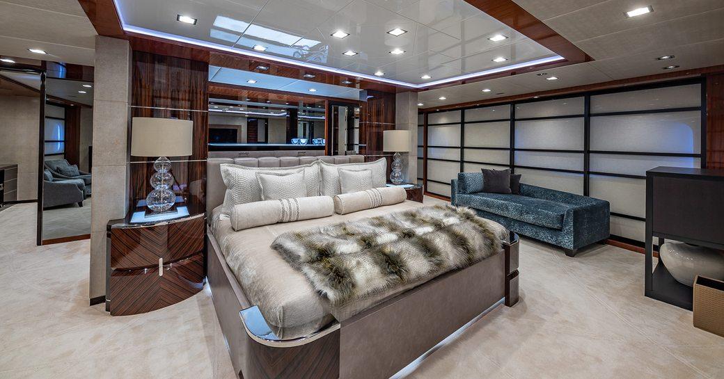 Master cabin on motor yacht Turquoise