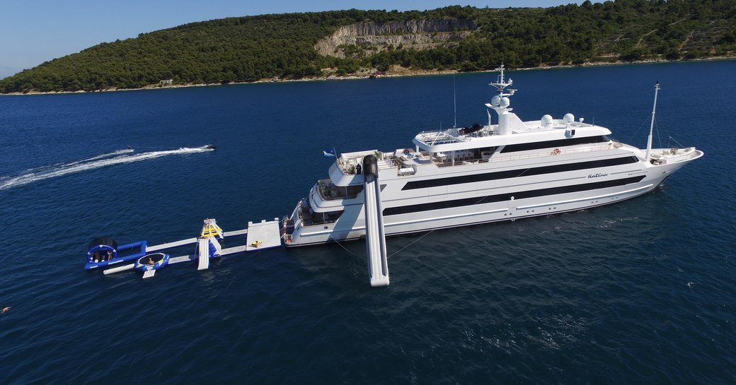 Superyacht KATINA cruising in the ocean