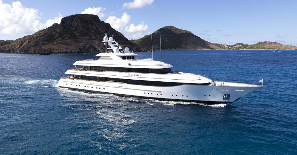 Luxury yacht 'Lady Britt' underway