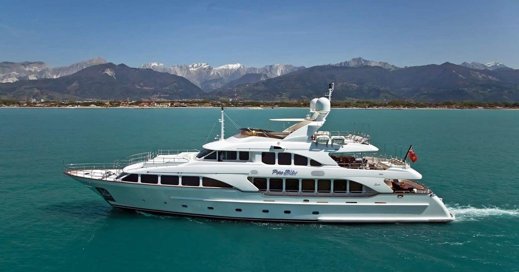 Benetti Superyacht 'Pure Bliss' Runs Special Offer on December Charters photo 5