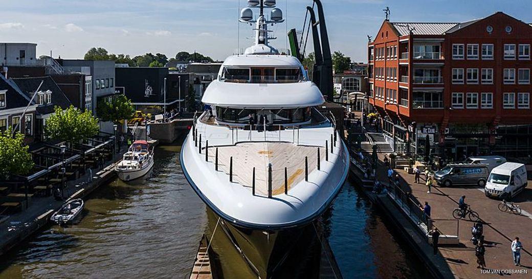 luxury yacht podium front-on image