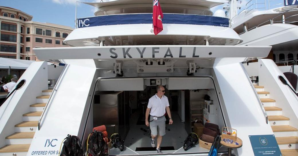 superyacht SKYFALL in show at the Palm Beach Boat Show 2017