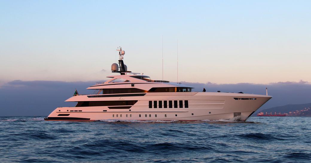 Luxury yacht VIDA