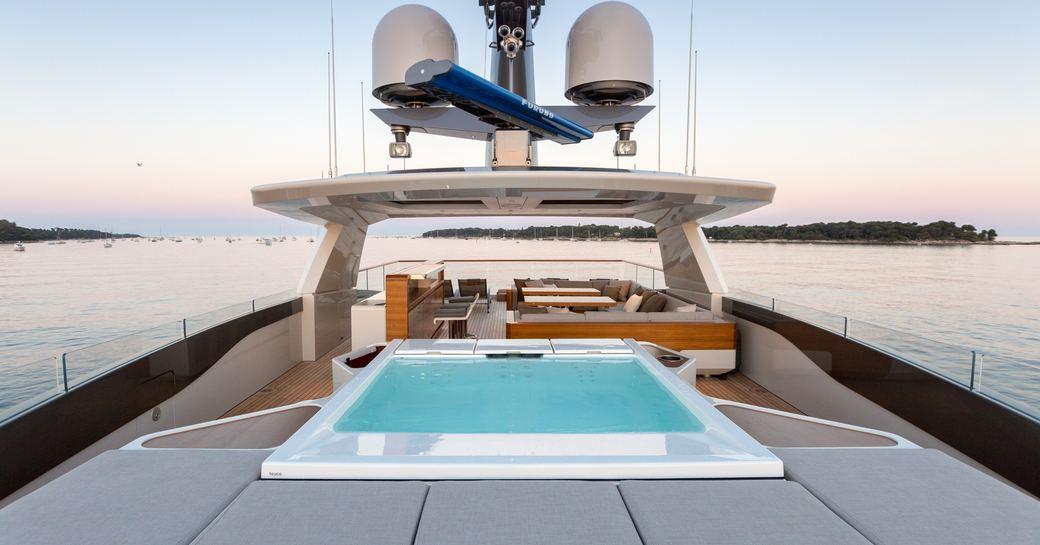 The sundeck of superyacht VERTIGE