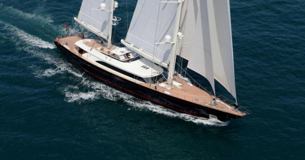 Sailing yacht FIDELIS