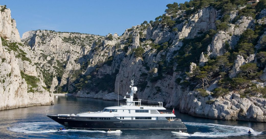 superyacht mariu available to charter for the 2015 monaco grand prix