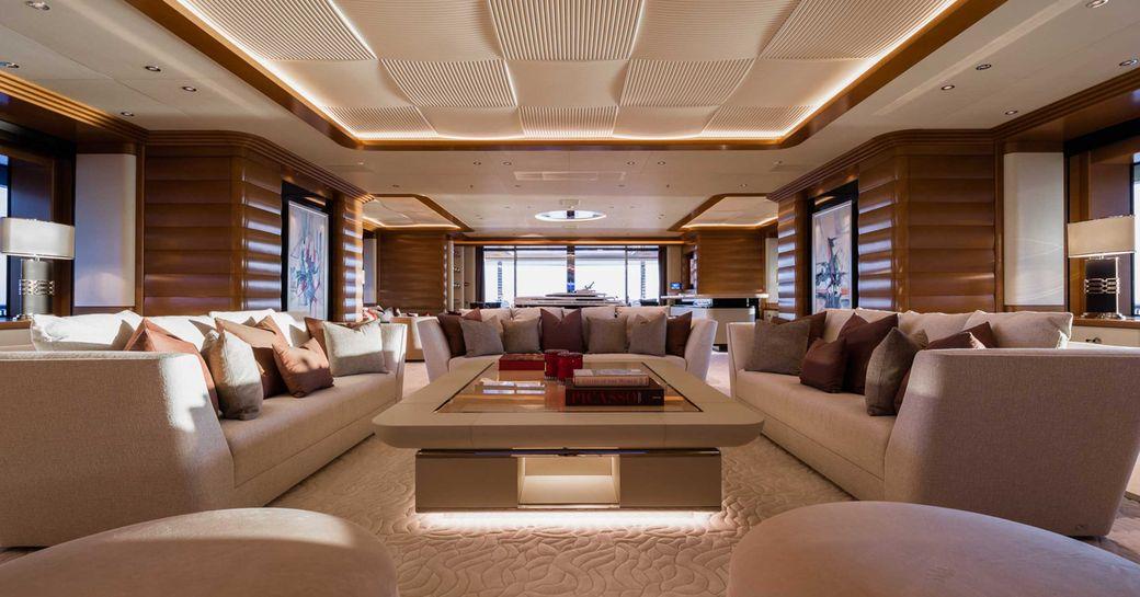 Inside luxury yacht LANA: One of the world's largest charter yachts photo 1