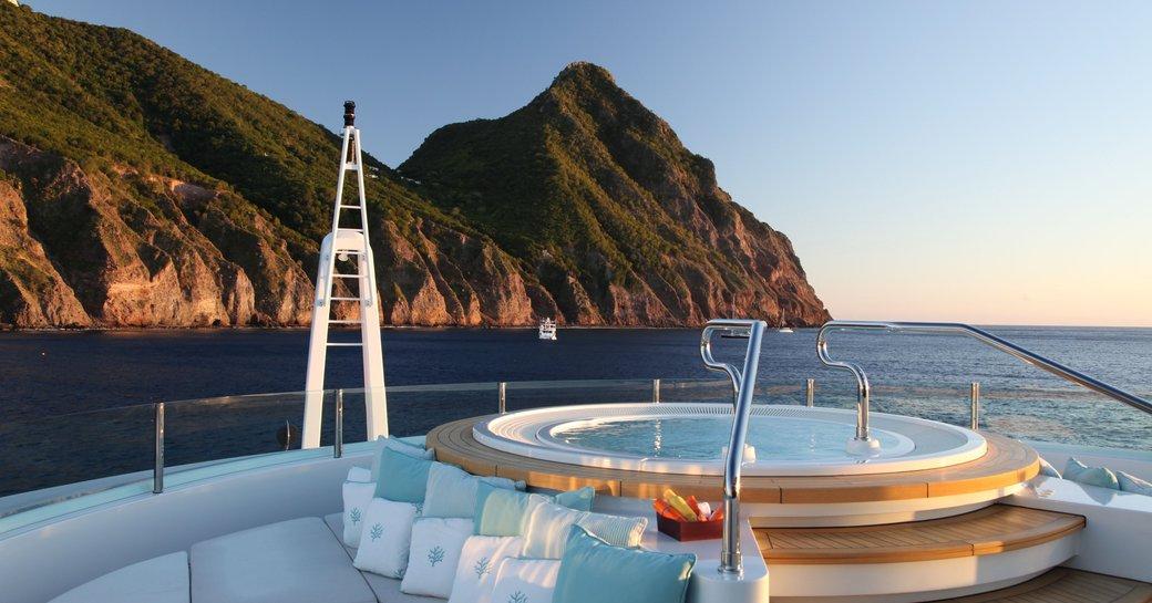 The Jacuzzi on board superyacht MARAYA