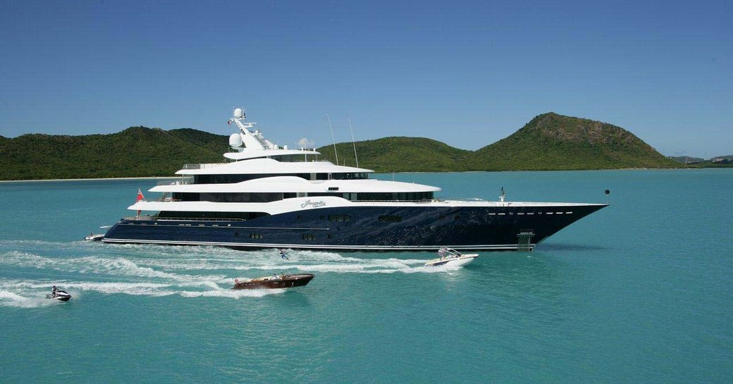 amaryllis yacht underway int he caribbean