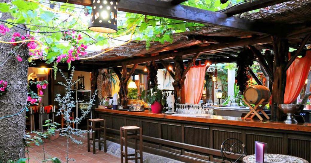 bar at Ca Na Ribes, Santa Eulalia in Ibiza