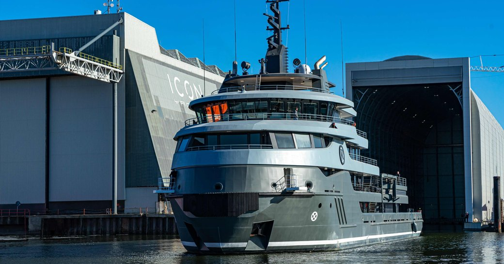ragnar leaves shed at icon yachts