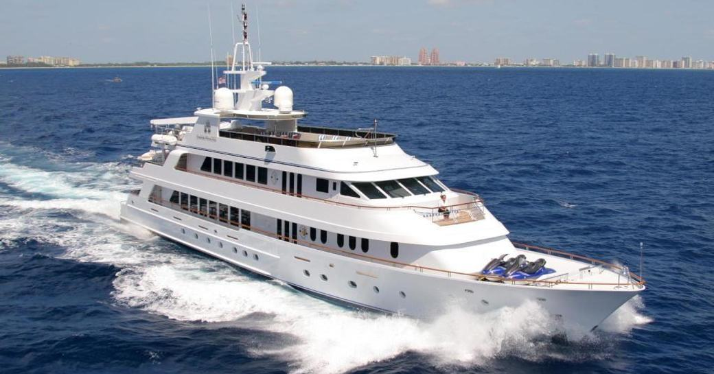 Motor yacht Ionian Princess underway
