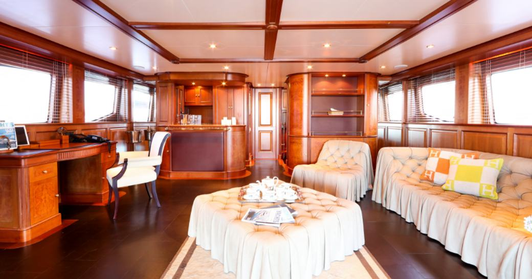 Mediterranean yacht charter special: 35M superyacht DXB photo 4