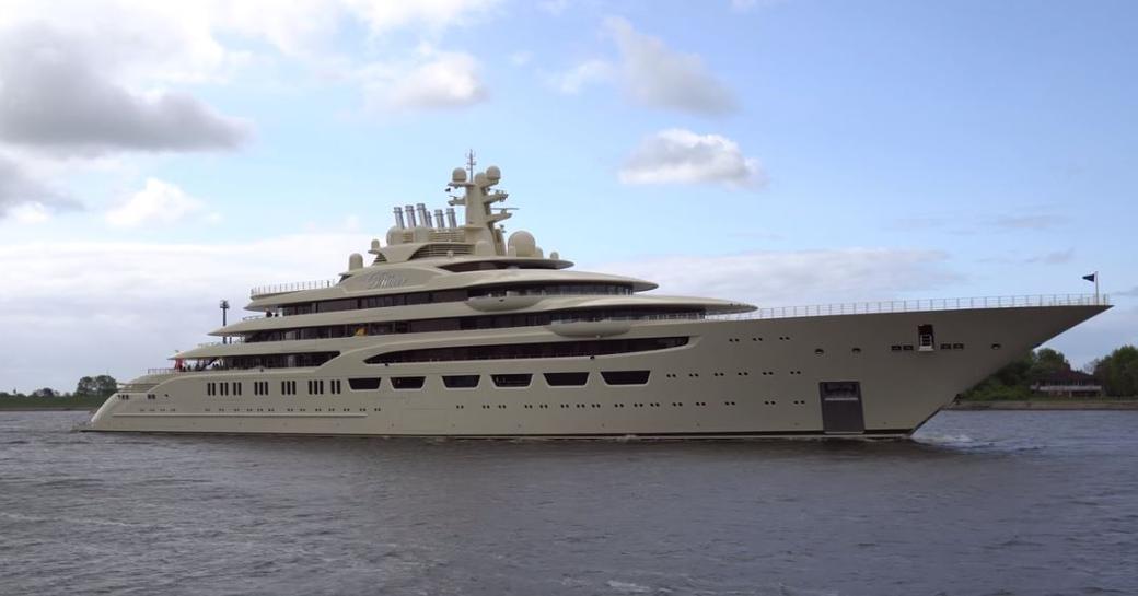 Superyacht departs from Lurssen shipyard