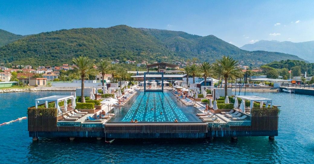 Infinity pool in Porto Montenegro