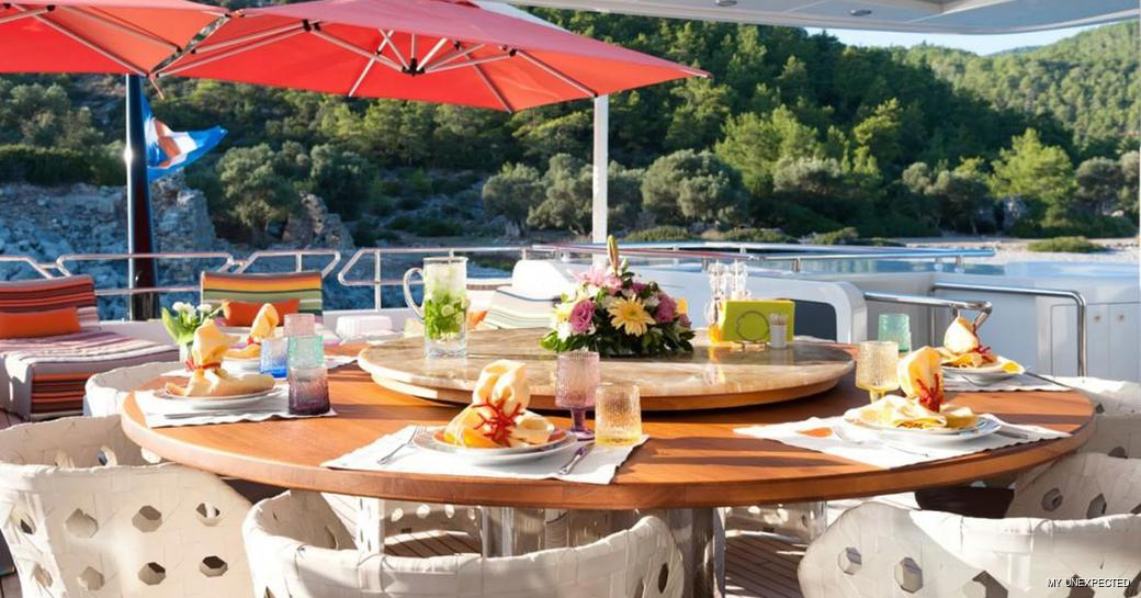Alfresco dining onboard MY Unexpected