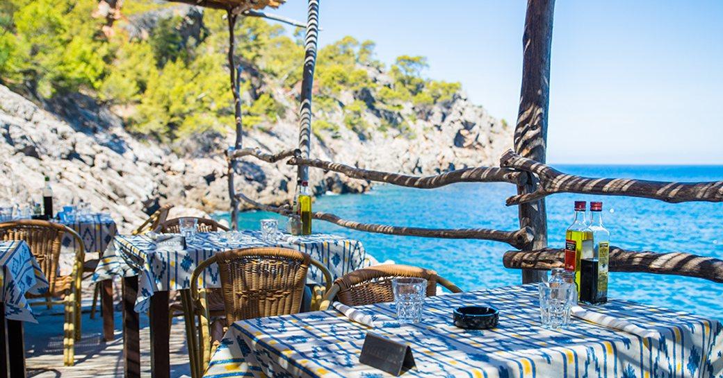 Mallorca seaside restaurant