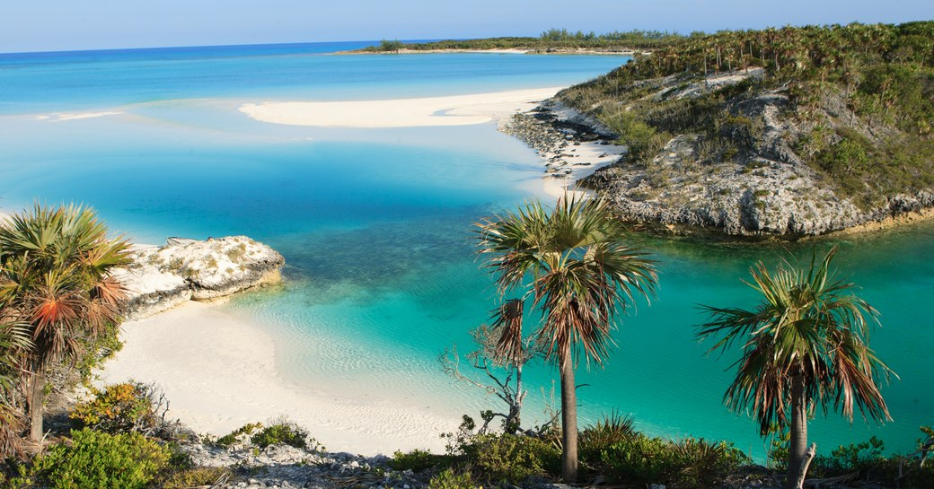 Beautiful turquoise water and beach of Shroud Cay in the Bahamas