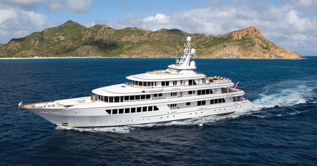superyacht utopia underway i the caribbean on her new year's eve charter
