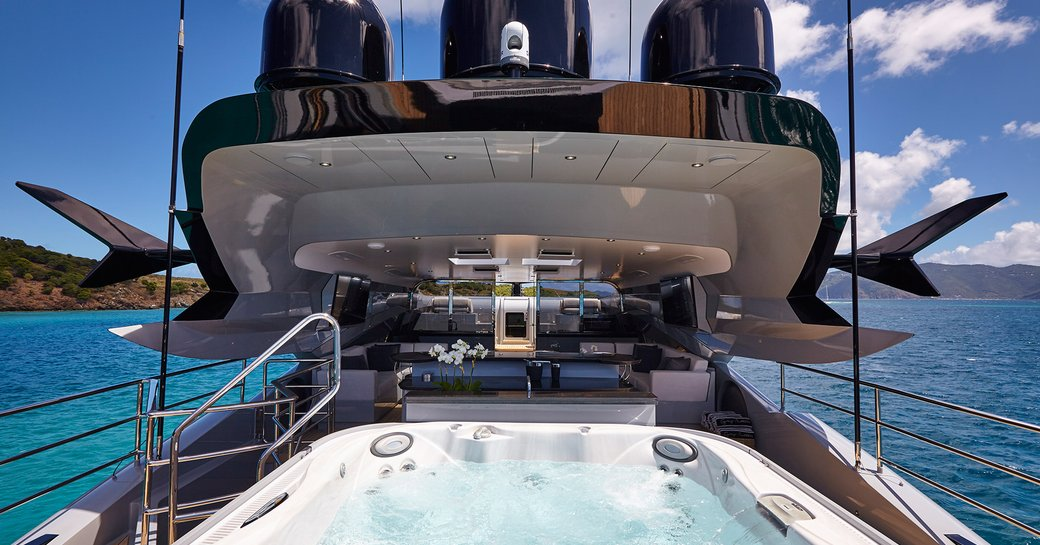 The Jacuzzi on board superyacht 'Grey Matters'