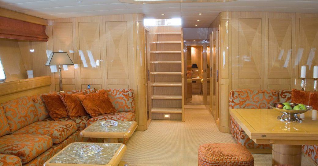 Motor Yacht Minu Luisa Lounge