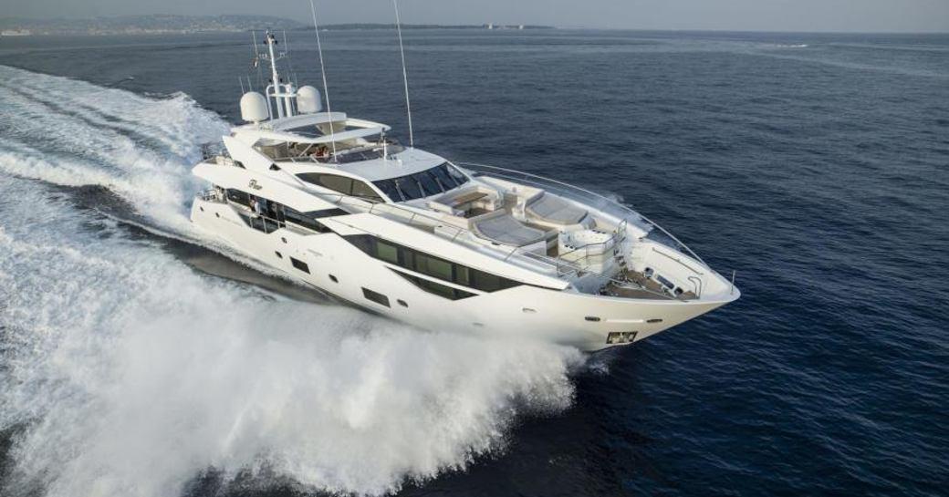 Sunseeker superyacht SESAME underway