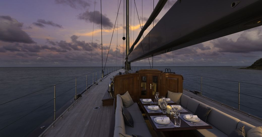 sailing yacht RAINBOW available for christmas or new year's charter in the Caribbean