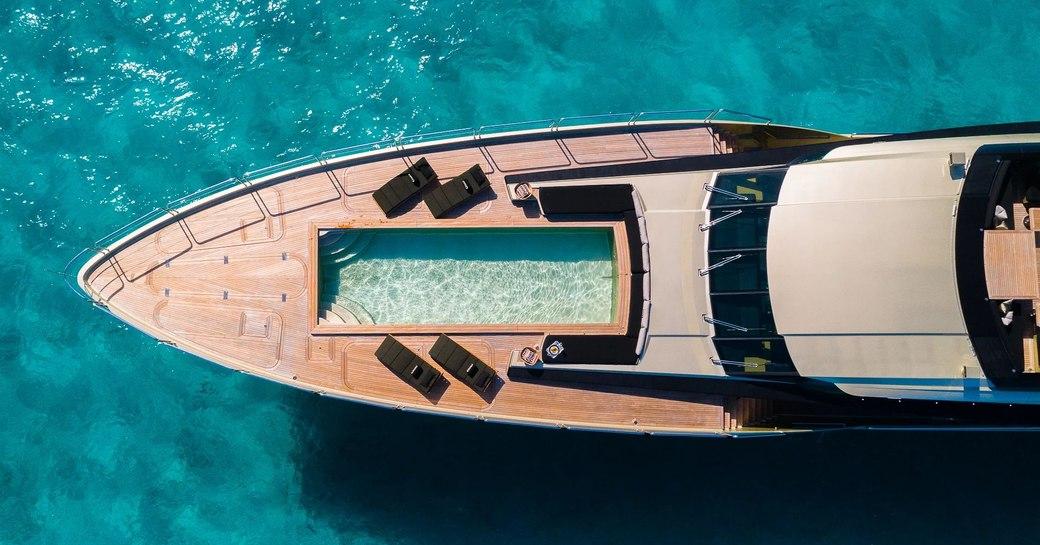 pool on motor yacht DB9