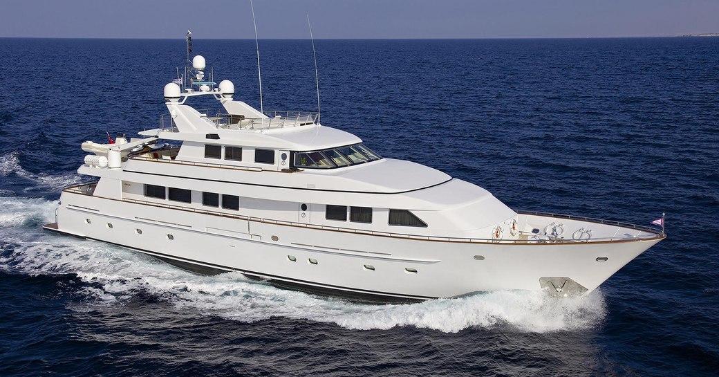 luxury yacht idylle underway in the med