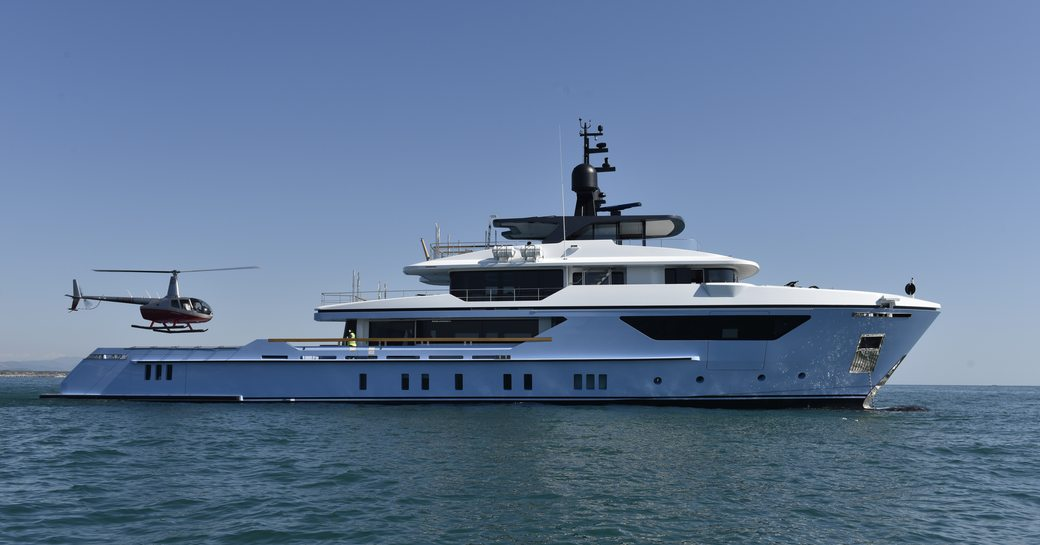 blue sanlorenzo explorer yacht