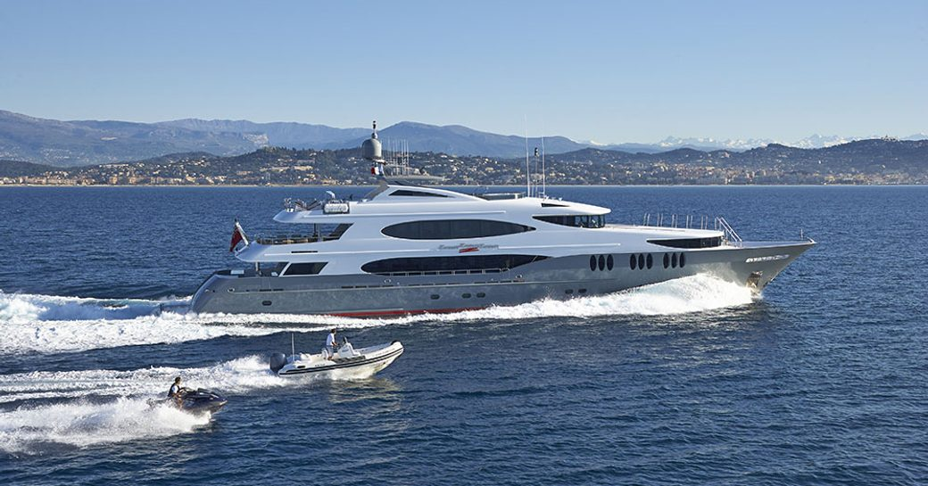Superyacht 'Zoom Zoom Zoom' Available For Charter In New England photo 5