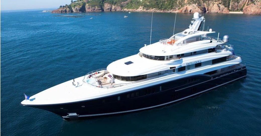 Superyachts Flock to St Barts For New Year's Eve 2016 photo 5