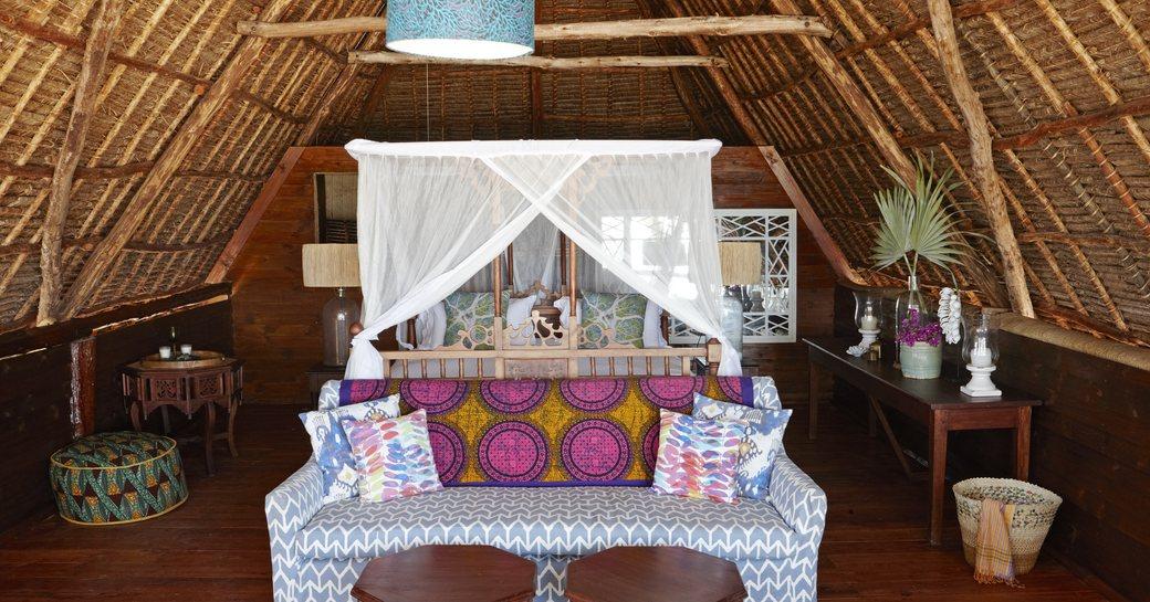 accommodation in bandas on thanda island