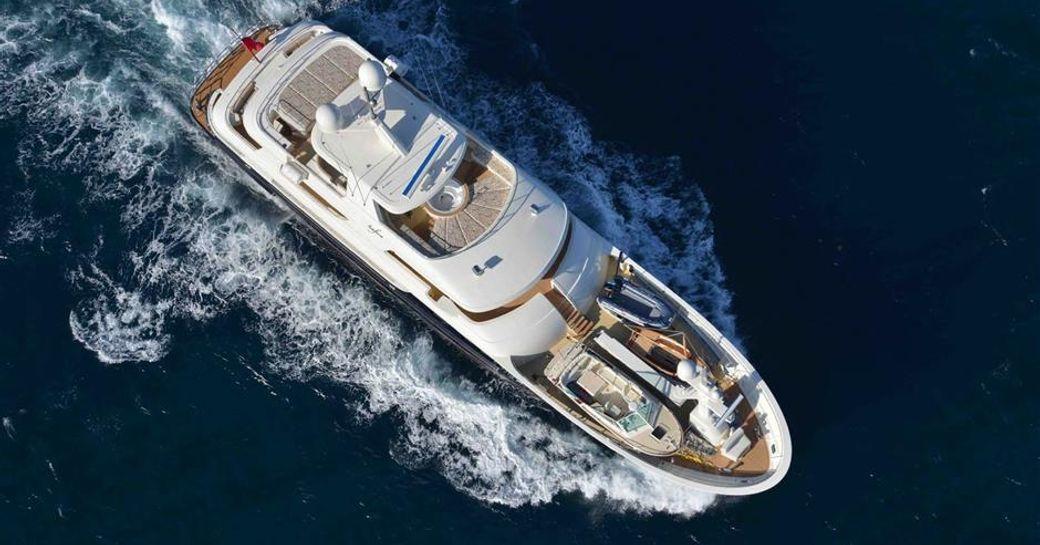 Superyacht SAFIRA underway
