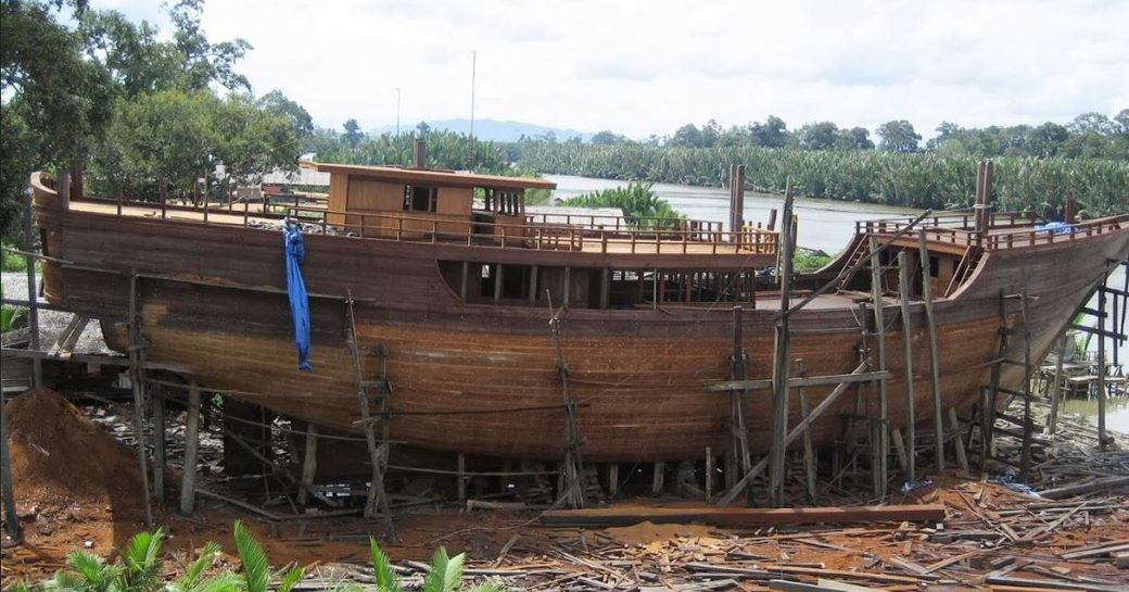 The completed hull of luxury phinisi Dunia Baru