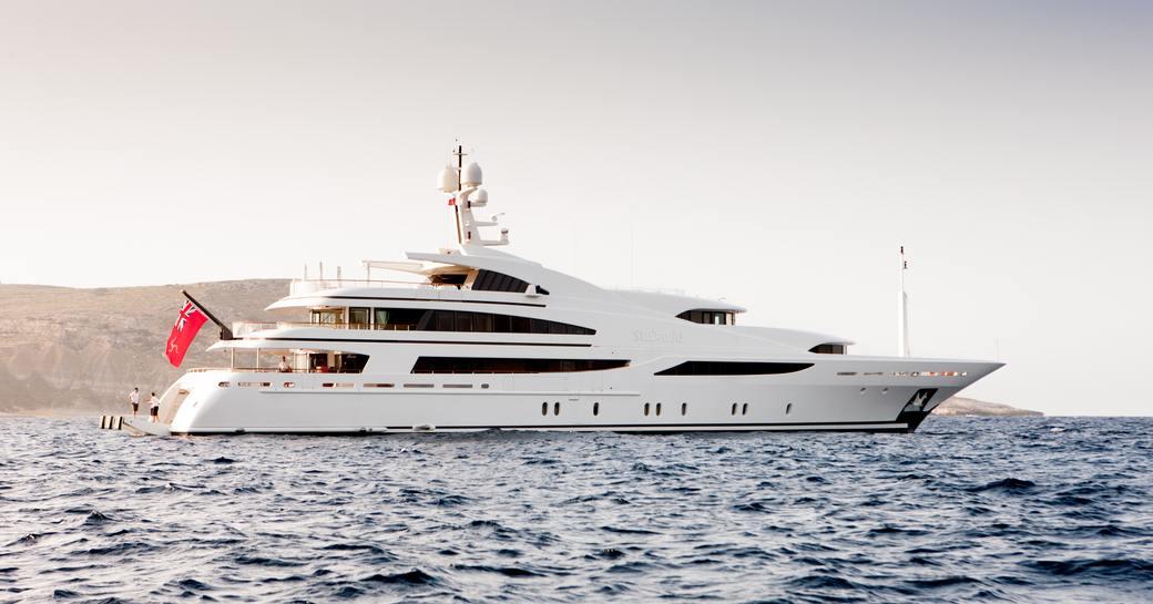 St David superyacht at anchor