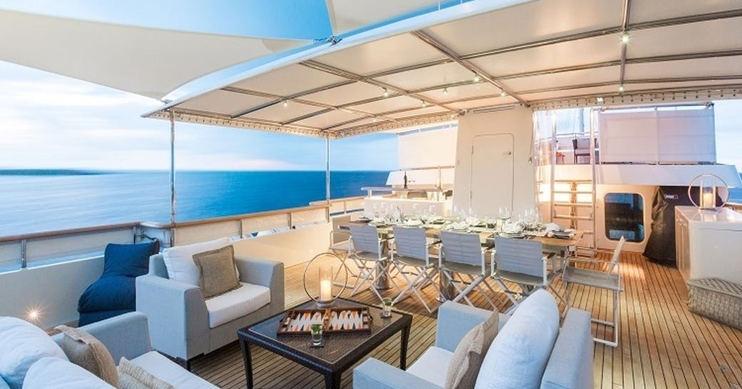 alfresco lounge and dining on board expedition yacht PIONEER