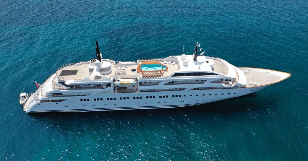 Superyacht Dream cruising open waters