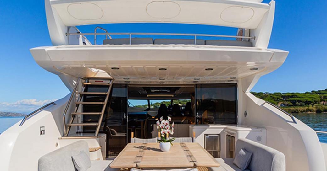 basad-yacht-sundeck