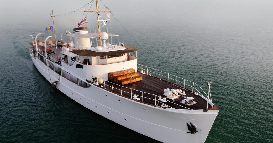 Action shot of the luxury charter yacht CALISTO