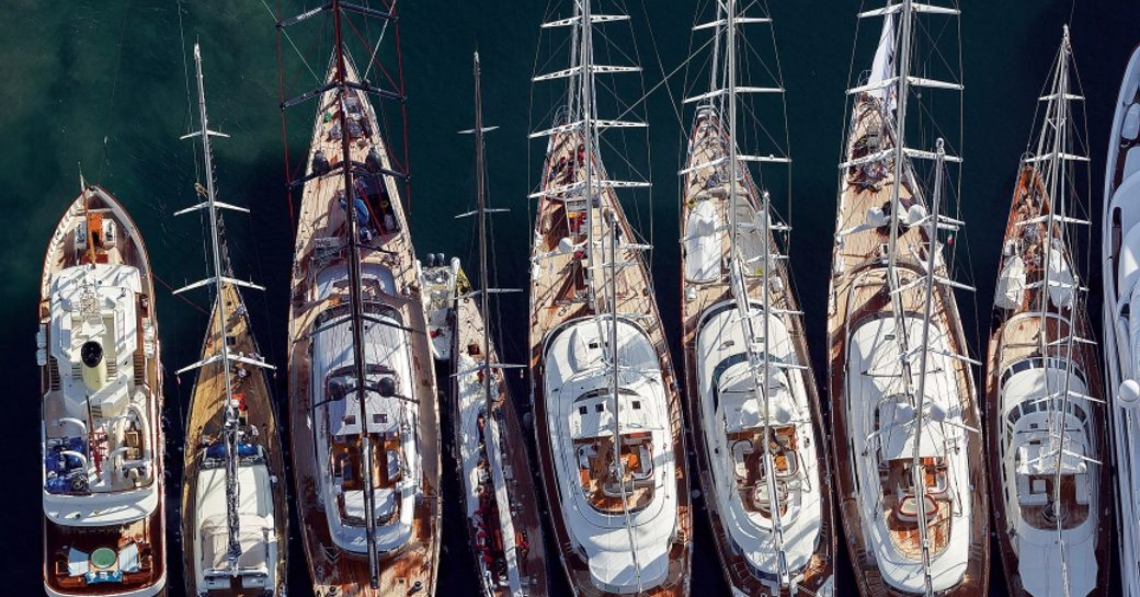 overhead shot of yachts lining up for the America's Cup Superyacht Regatta