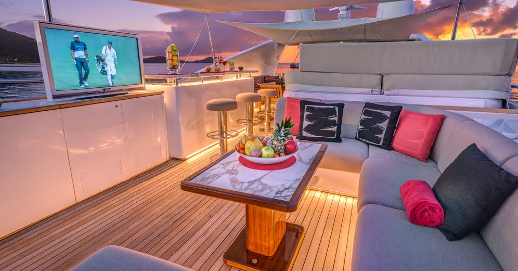 Gladius motor yacht exterior space