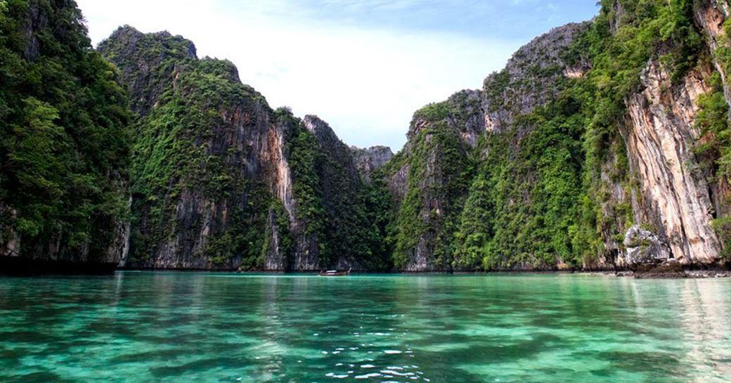 waters surrounding Thailand's rocky islands