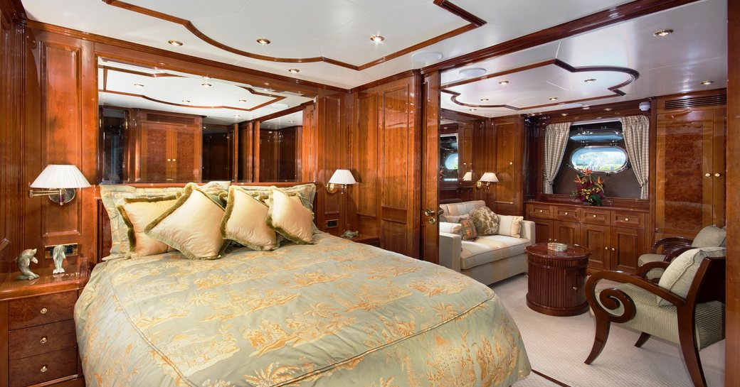 Benetti superyacht SIETE to charter in the Bahamas over the holidays photo 6