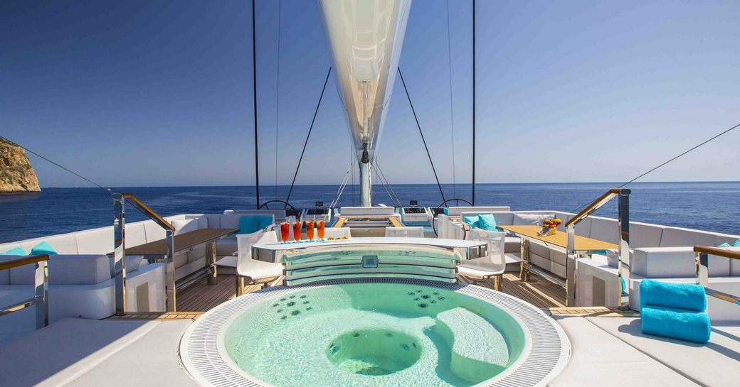 Jacuzzi on the sundeck of sailing yacht AQUIJO