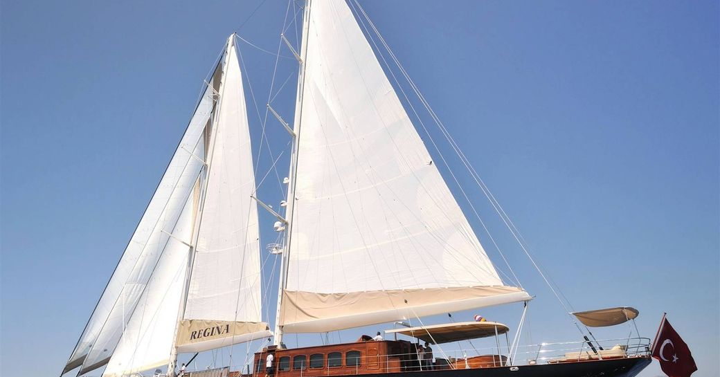 Sailing yacht REGINA